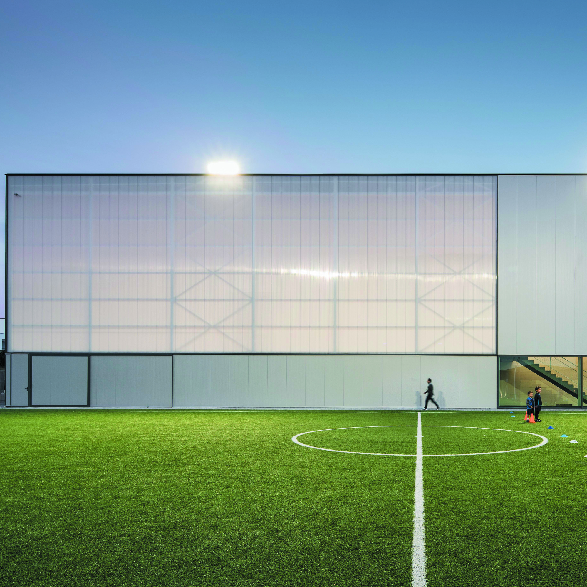 Elfanor Sports Centre, Matosinhos, Portugal - Image 4