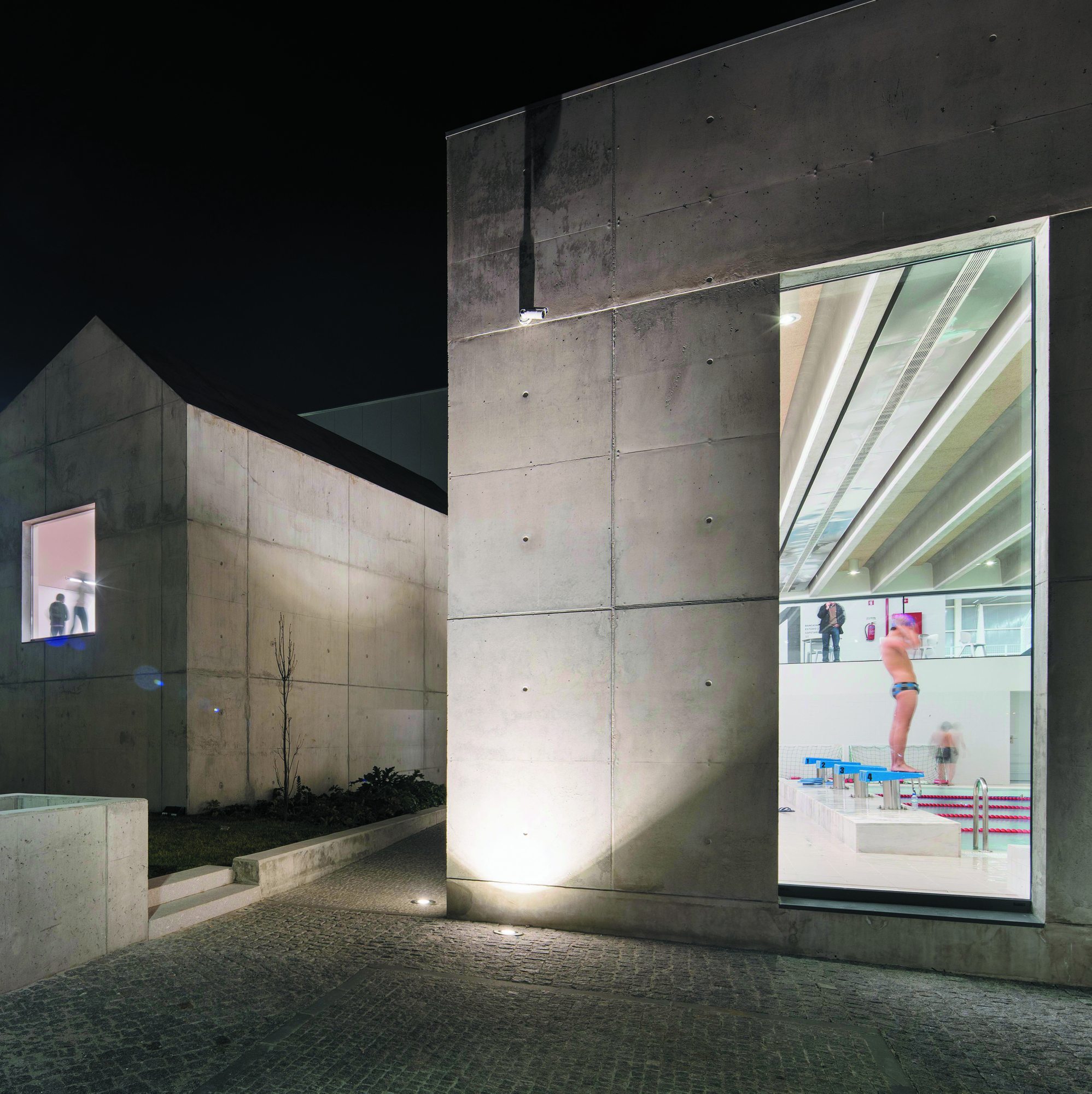 Elfanor Sports Centre, Matosinhos, Portugal - Image 3