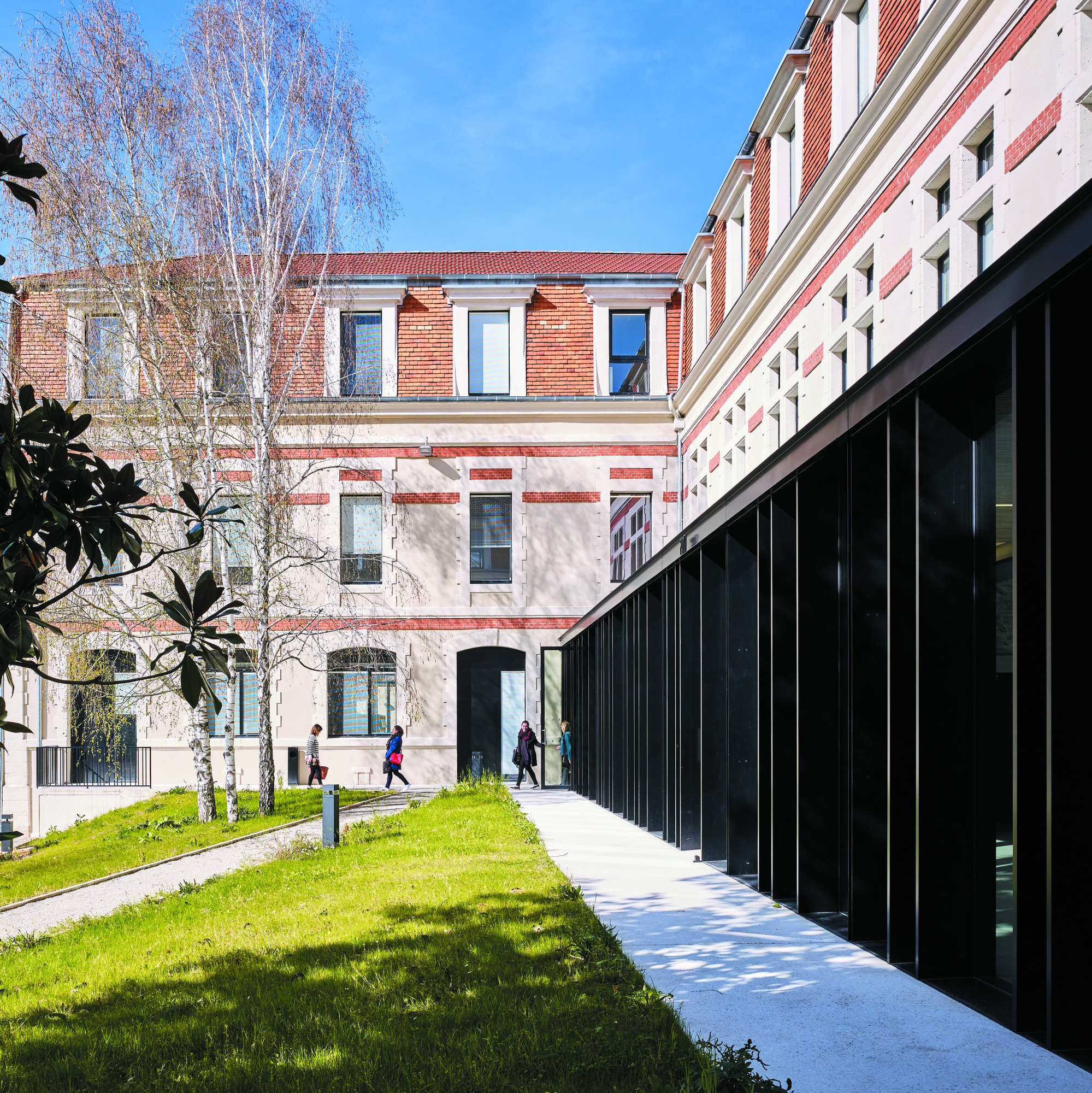 University Centre, Cahors, France - Image 4