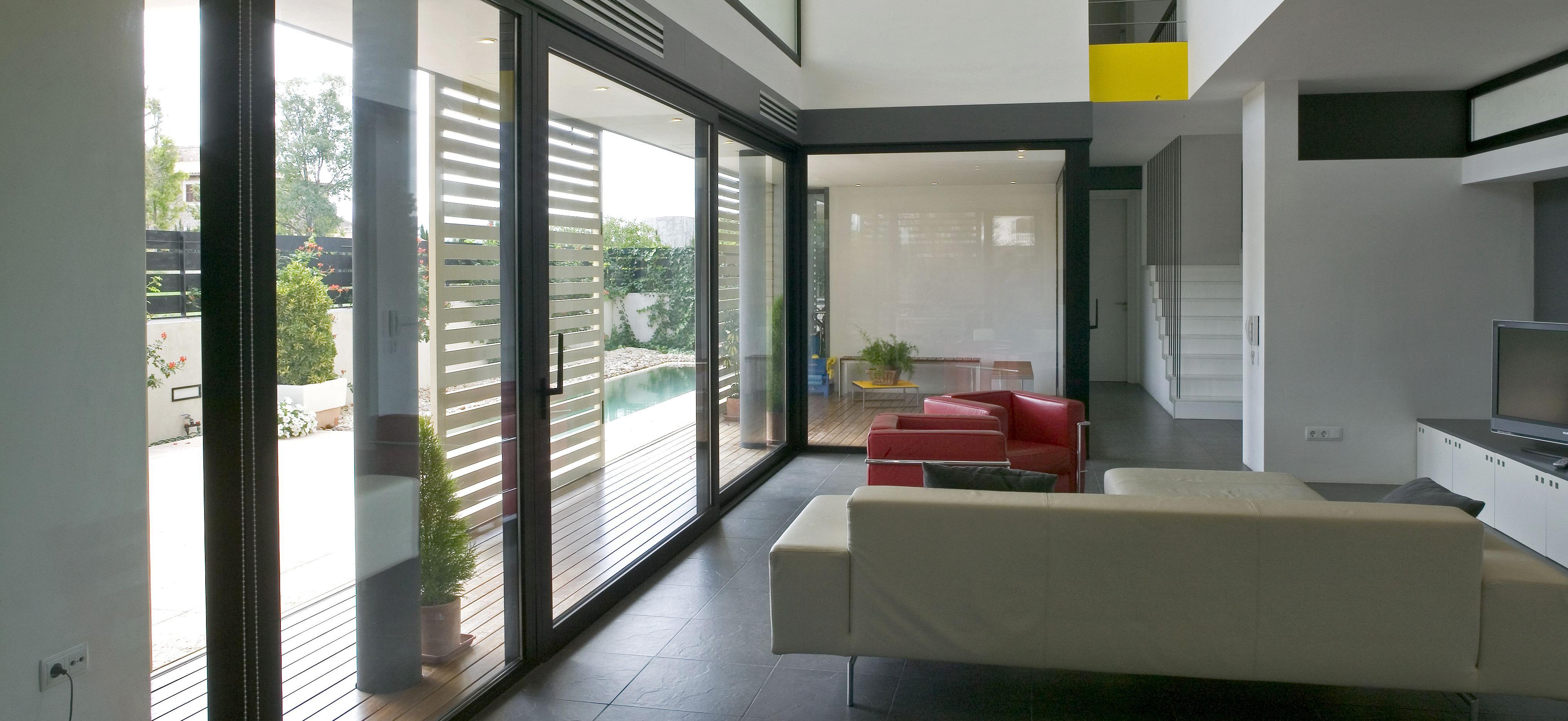 baie vitr e panoramique en aluminium galene technal. Black Bedroom Furniture Sets. Home Design Ideas