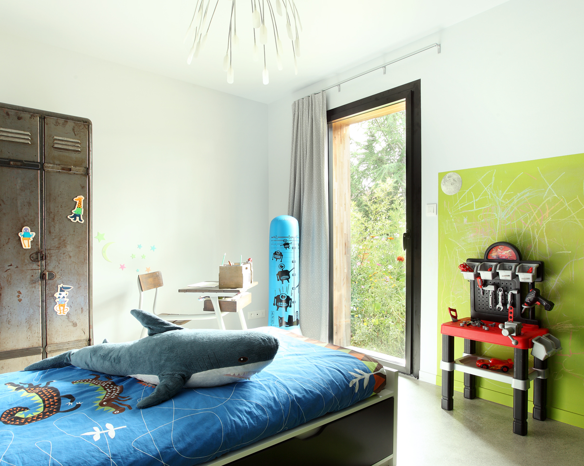 fen tre alu sur mesure soleal technal. Black Bedroom Furniture Sets. Home Design Ideas