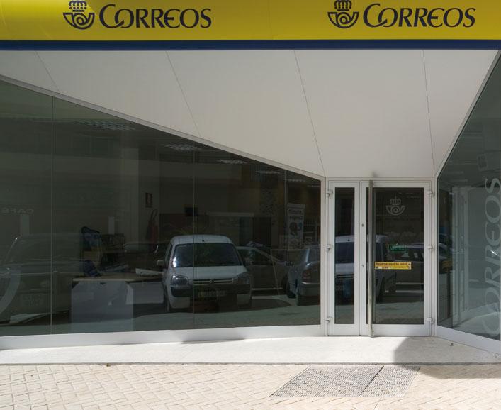 Frentes comerciales for Oficina correus barcelona